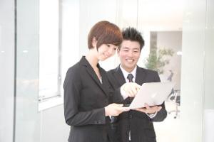 職場環境とコミュニケーション力の関係